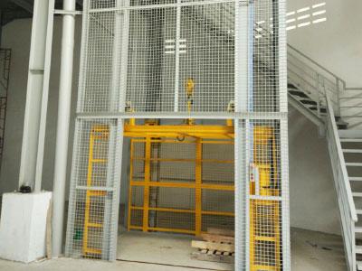Jasa Pembuatan Lift Barang di Bali
